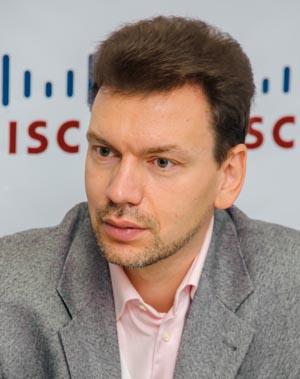 Дмитрий Шустер