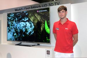 LGпредставляет казахстанцам самый большой OLED-телевизор